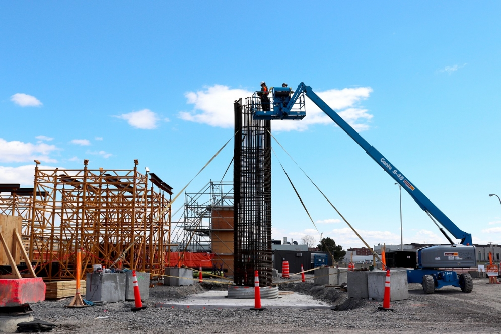 Construction des piliers à Pointe-Claire - Avril 2019