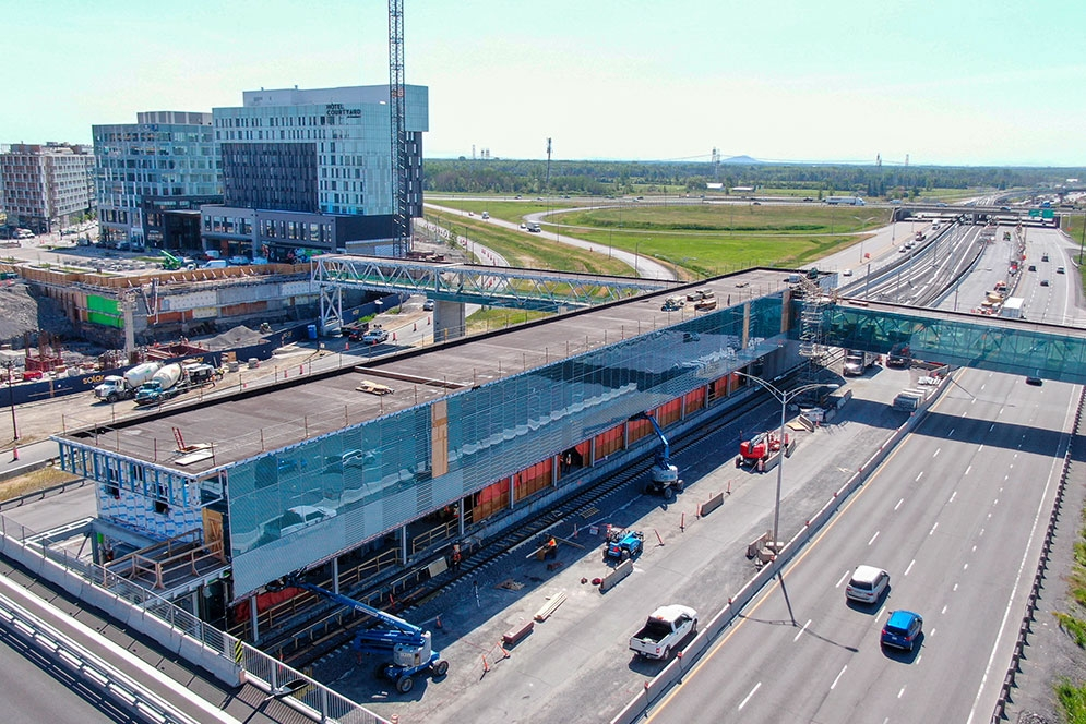 Du Quartier Station - June 2020