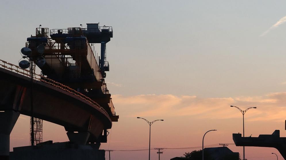 Traversée de l'autoroute 40 par la poutre de lancement Marie - Août 2021